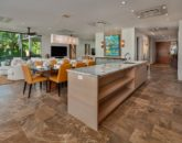 10-seaspirit811_kitchen-to-living-800x533