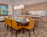 13-seaspirit811_dining-to-kitchen-800x533