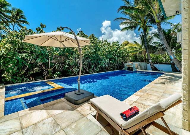 1-ocean-house_pool-and-spa