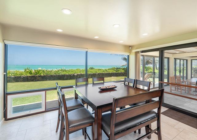 12-ocean-house_dining
