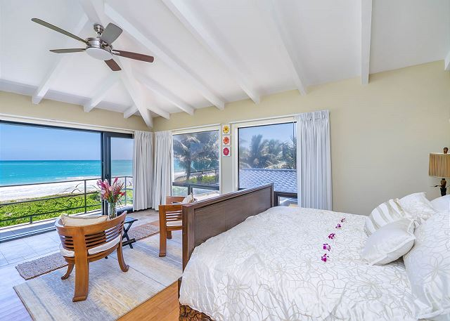 15-ocean-house_master-bedroom2