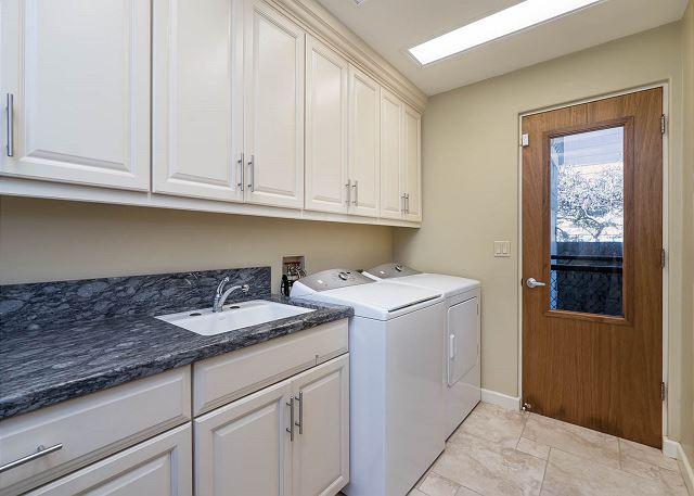 32-ocean-house_laundry