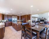 9-ocean-house_kitchen-and-dining2