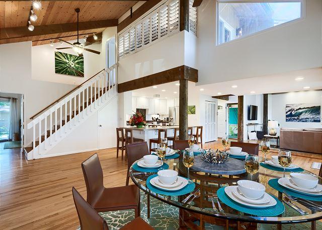 14-hale-mokulua_indoor-dining1