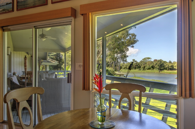 19-princeville-golf-villa_breakfast-nook2-800x530