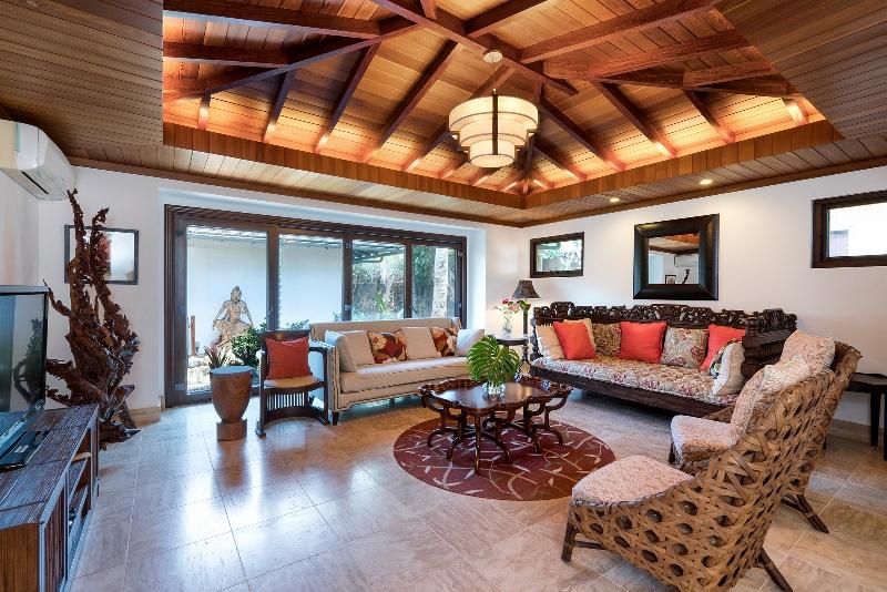 20-luxury-oasis_living-800x534