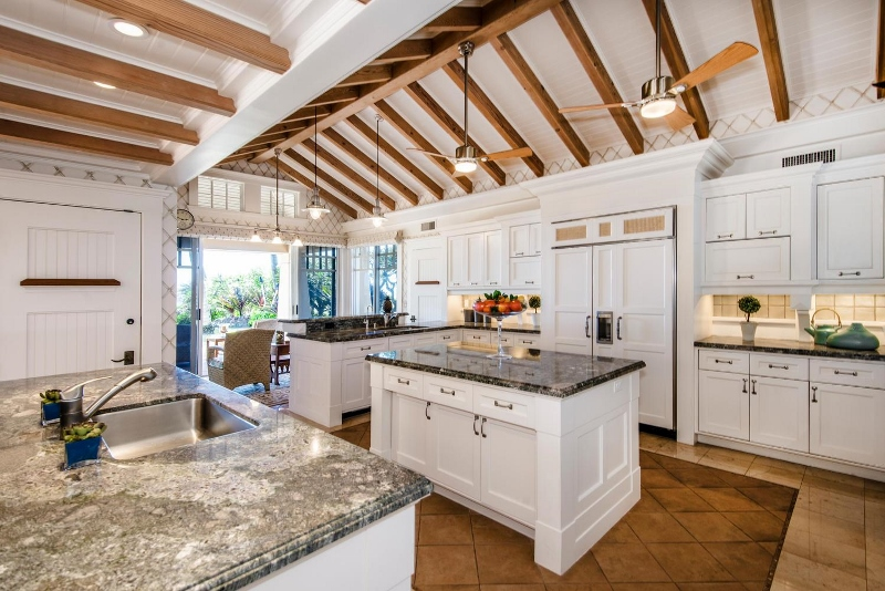 23-hawaiiana-hale_kitchen-800x534