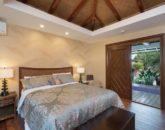 25-luxury-oasis_bedroom2-800x534
