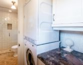 48-hawaiiana-hale_laundry-bath-800x534