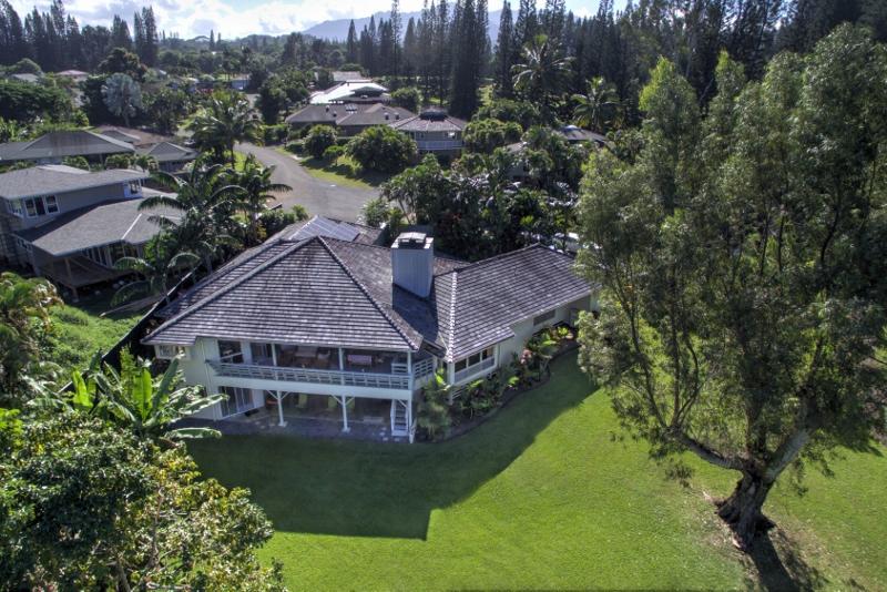 9-princeville-golf-villa_aerial1-800x534
