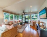 12-mokulua-cottage_main-house-living