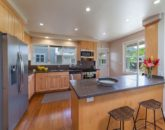 15-mokulua-cottage_main-house-kitchen