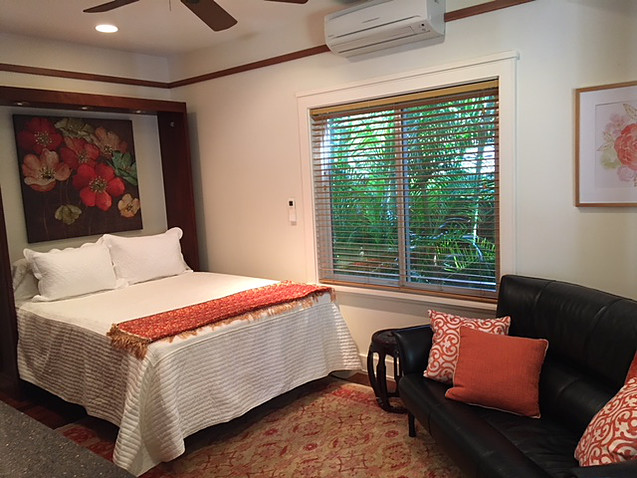 19-tropical-retreat_ground-floor-bedroom