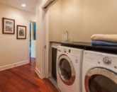 23-tropical-retreat_laundry-800x570