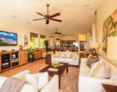 7-moana-hideaway_great-room-to-dining-to-kitchen-800x533