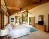 12-luana-beachfront_bedroom1