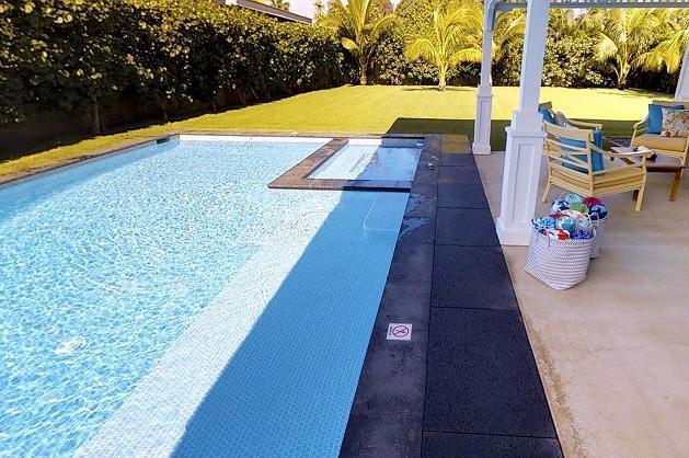 5-lanikai-getaway_pool-spa-lanai