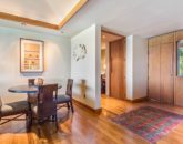 10-oceanview-villa-4202_dining-casual2