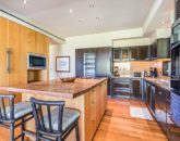 11-oceanview-villa-4202_kitchen1