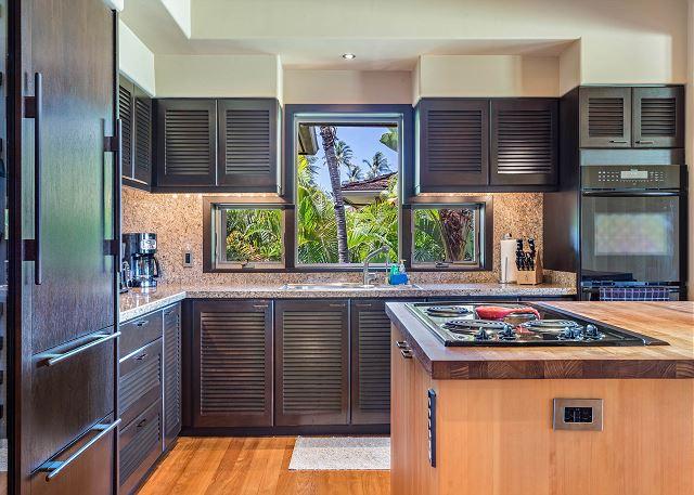 12-oceanview-villa-4202_kitchen2