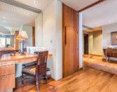 14-oceanview-villa-4202_desk