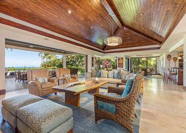 12-hualalai-anea-estates-101_great-room