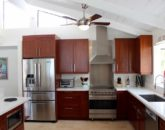 13-waterfront-hale_kitchen1-800x534