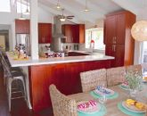 14-waterfront-hale_kitchen2-800x534