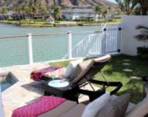 5-waterfront-hale_pool5-lounge-533x800