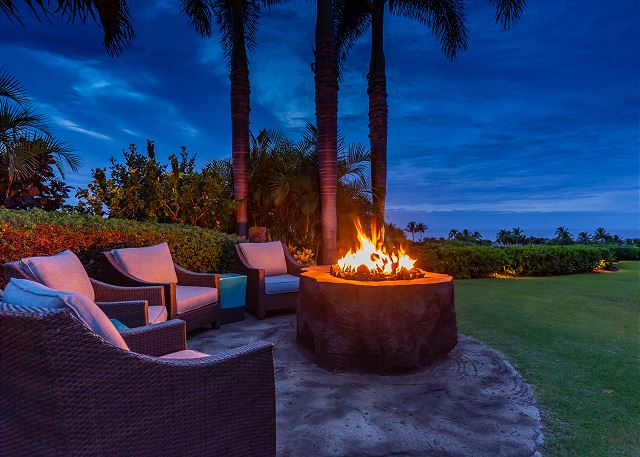 7-hualalai-anea-estates-101_fire-pit