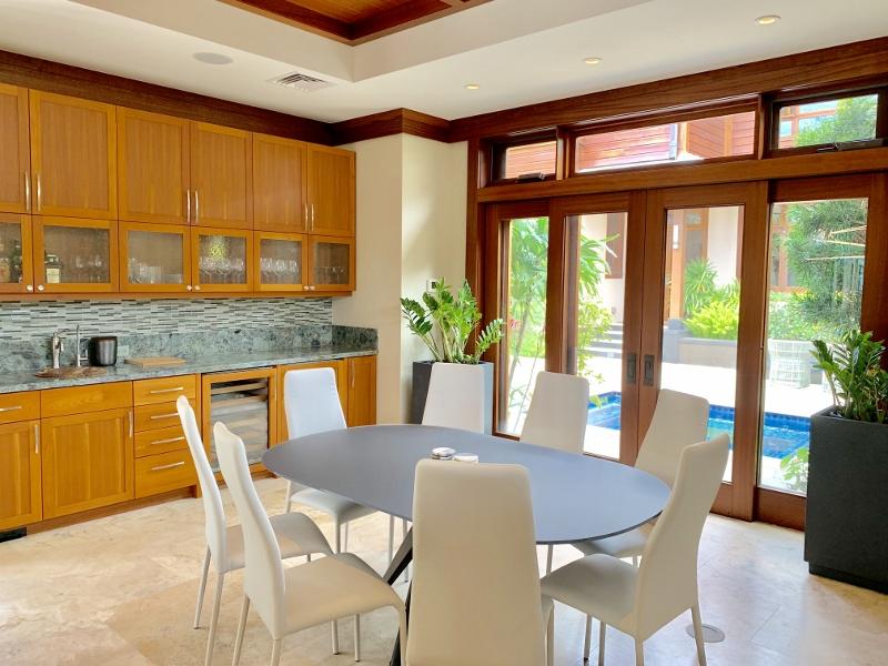 15-diamondheadoceanview_kitchen-dining