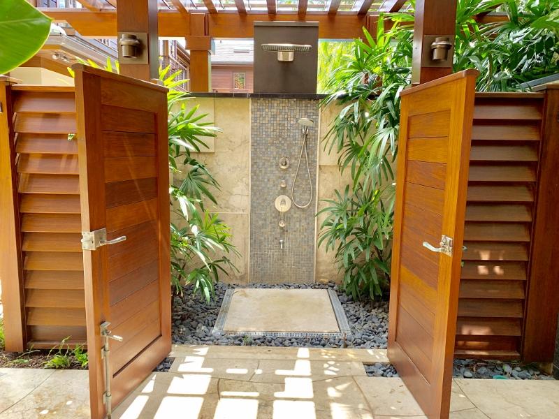 8-1-diamondheadoceanview_outdoor-shower