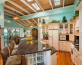 1030374_kitchen-dining_800x600