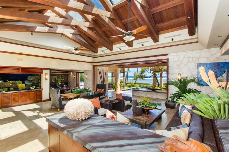14-1-banyan-estate_living-room4-800x533