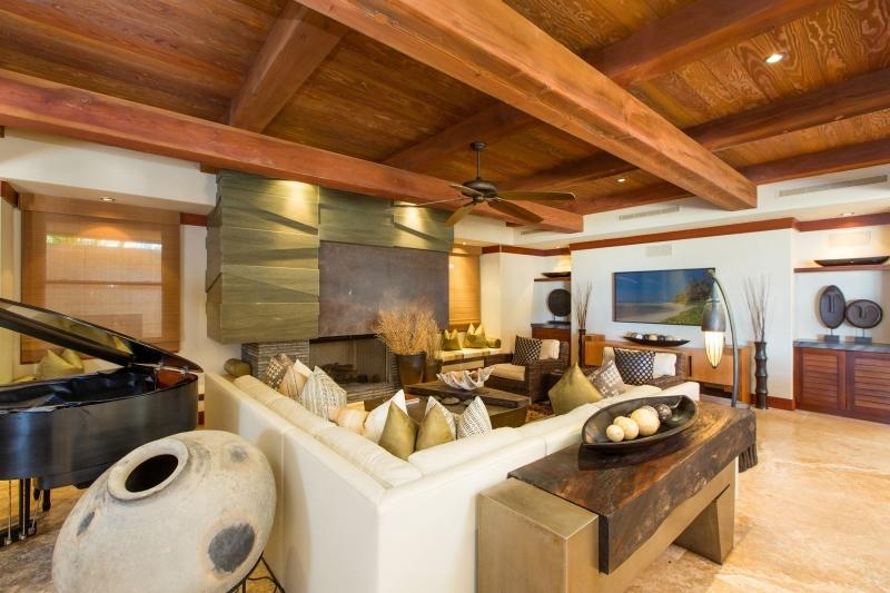 16-banyan-estate_living-room2-800x533