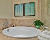 17-wailea-seashore-k507_master-bath-2_small