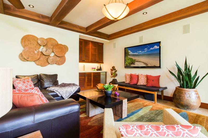 17-3-banyan-estate_entertainment-room2-800x533