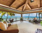 19-2-banyan-estate_bedroom1-master-lanai1-800x533