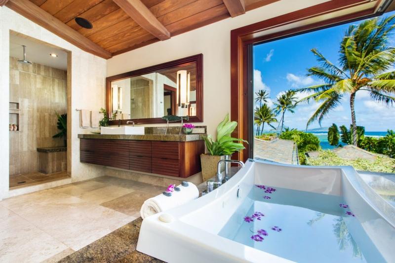 19-5-banyan-estate_master-bath-800x533