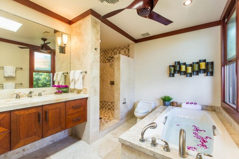 20-2-banyan-estate_second-master-bath-800x533