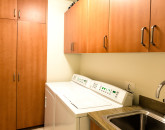 25-wailea-seashore-k507_in-villa-laundry-1000x666