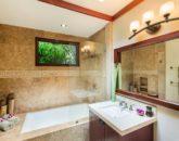 27-1-banyan-estate_guest-bath2-800x533