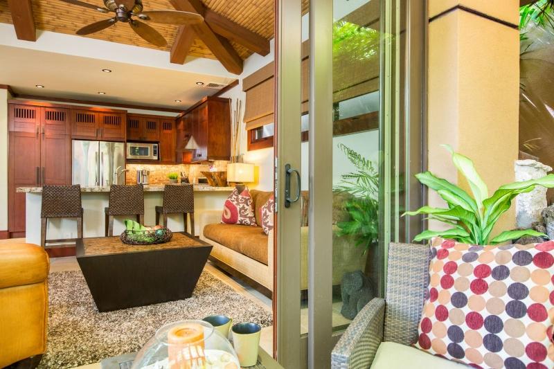 28-1-banyan-estate_guest-house2-800x533