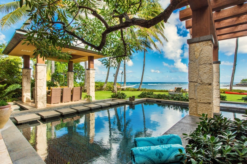 3-banyan-estate_pool-800x533
