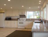 kailua-beach-house_kitchen-new2-800x434
