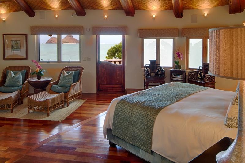 16-paul_mitchell_estate-12-ocean-view-in-master-bedroom-800x533