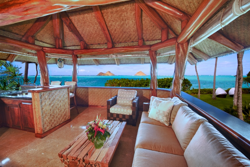 21-paul_mitchell_estate-23-open-air-lounge-or-crows-nest-on-upper-level-of-boat-house-800x533