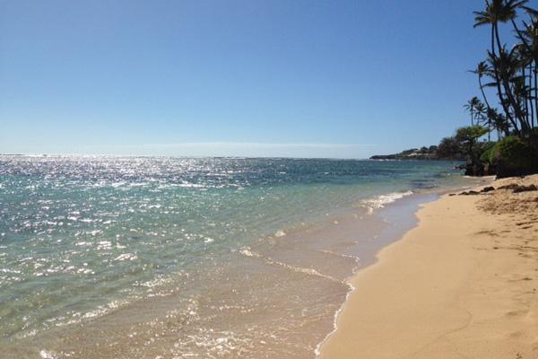 29-blanca-villa_kahala-beach-high-tide