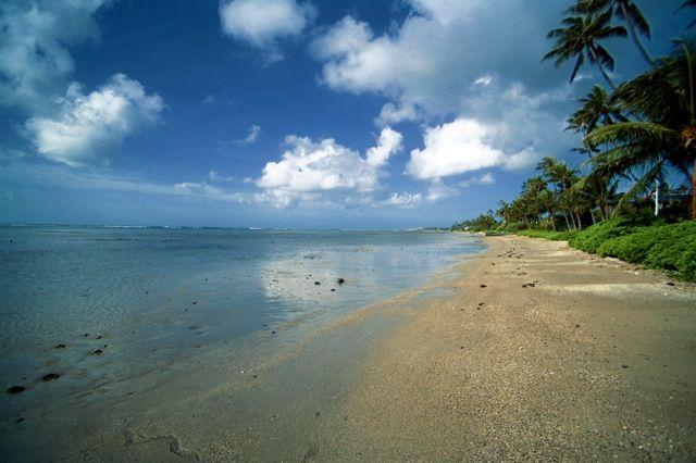 3-kalani_newbeach-toward-kahala