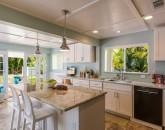 7-blanca-villa_kitchen-counter